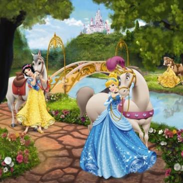 Дисней Принцессы на прогулке