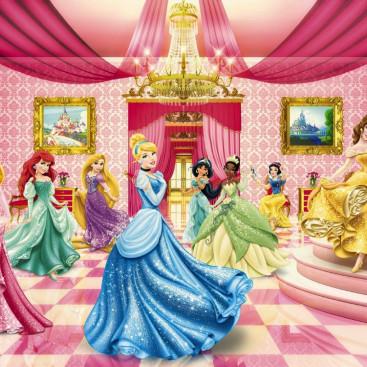 Дисней Принцессы на балу