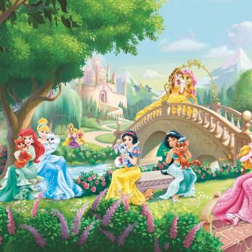 Дисней. Принцессы на мосту
